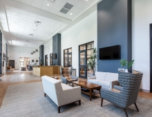 Eustis-Park-lobby