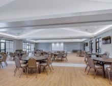 Eustis-Park-meeting-room-