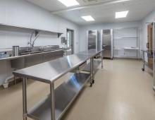 Eustis-Park-prep-kitchen