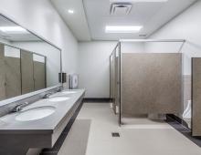 Eustis-Park-restrooms