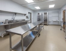 Eustis-Park-prep-kitchen